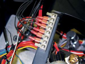 0803kc_18_z+wiring_1963_chevy_corvette_grand_sport+dash_mounting_cross_car